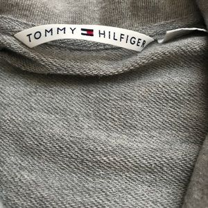 TOMMY PULLOVER